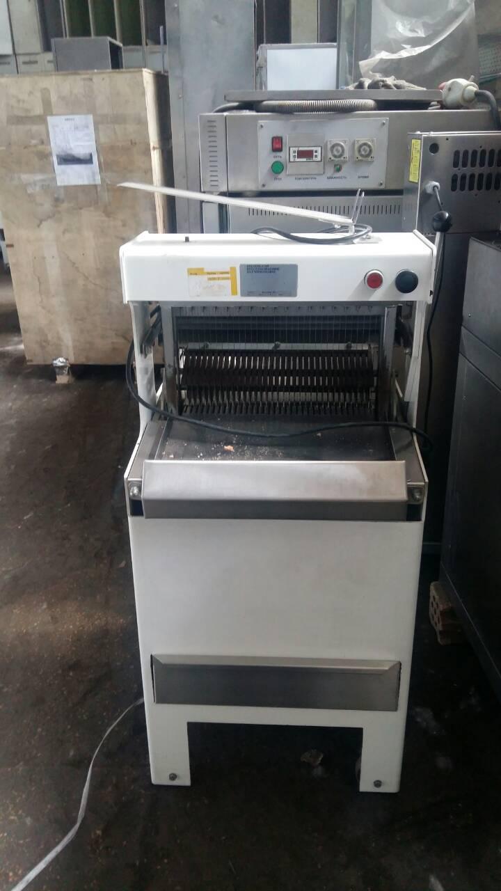 Хлеборезательная машина хлеборезка  рамного типа WABAMA A4.11 б/у Германия