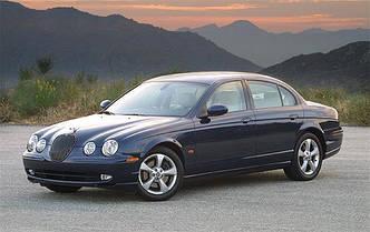Лобовое стекло Jaguar S-Type с датчиком,полный е/о, верхний молдинг, XYG