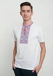 Мужская футболка с вышивкой на белом фоне