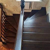 Лестница в дачном доме