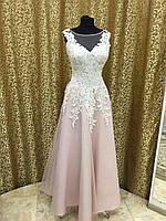 Розовое пудровое платье