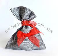 Мешочек для подарков с красной лентой