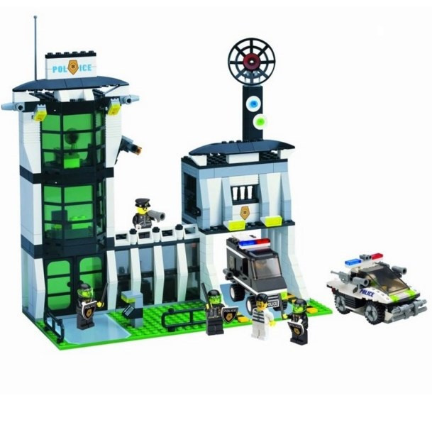 Конструктор блочный Brick 129 Полицейский участок 589дет.