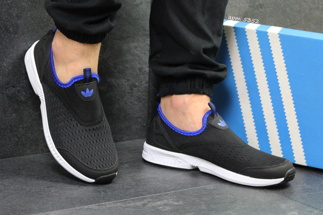 b1c590f52221 Кроссовки мужские летние Adidas (реплика ) без шнурков черно белые с синим ( сетка)