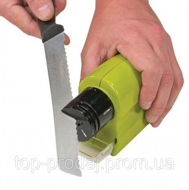 Точилка для ножей и ножниц на батарейках, Ножеточка Motorized Knife Sharpener, Точилка домашняя универсальная