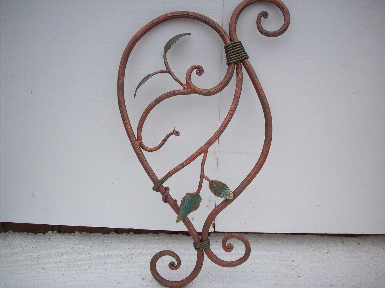 Кронштейн декоративный кованый с листьями