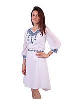 Вишите біле плаття недорого з машинною вишивкою голубого кольору ee9249a4a40e4