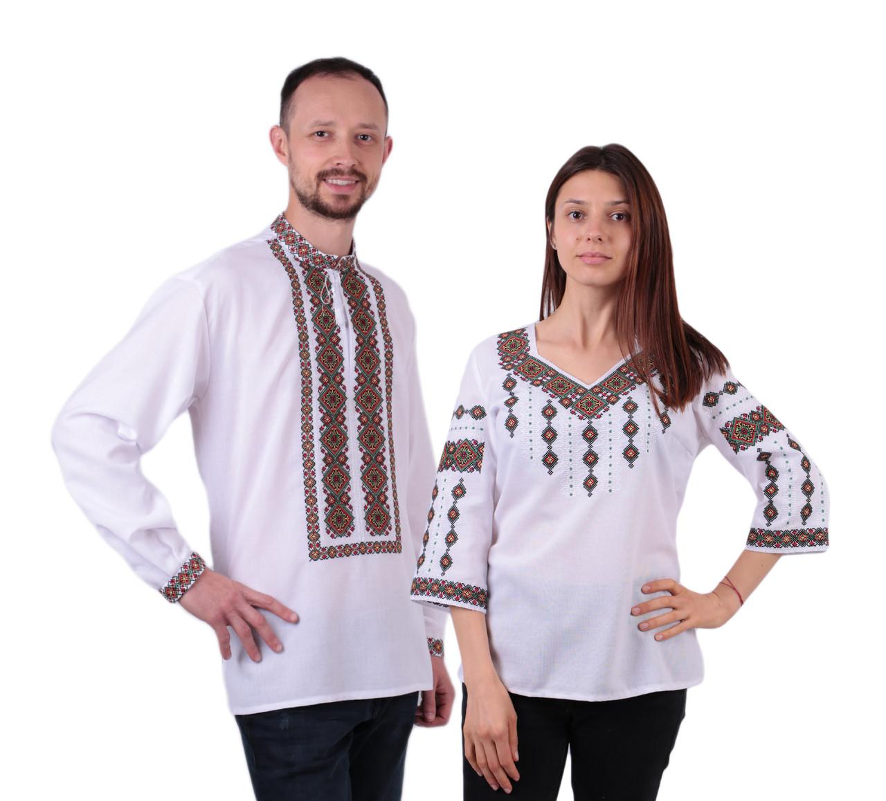 Пара вишиванок білого кольору з кольоровим орнаментом з машинною вишивкою недорого