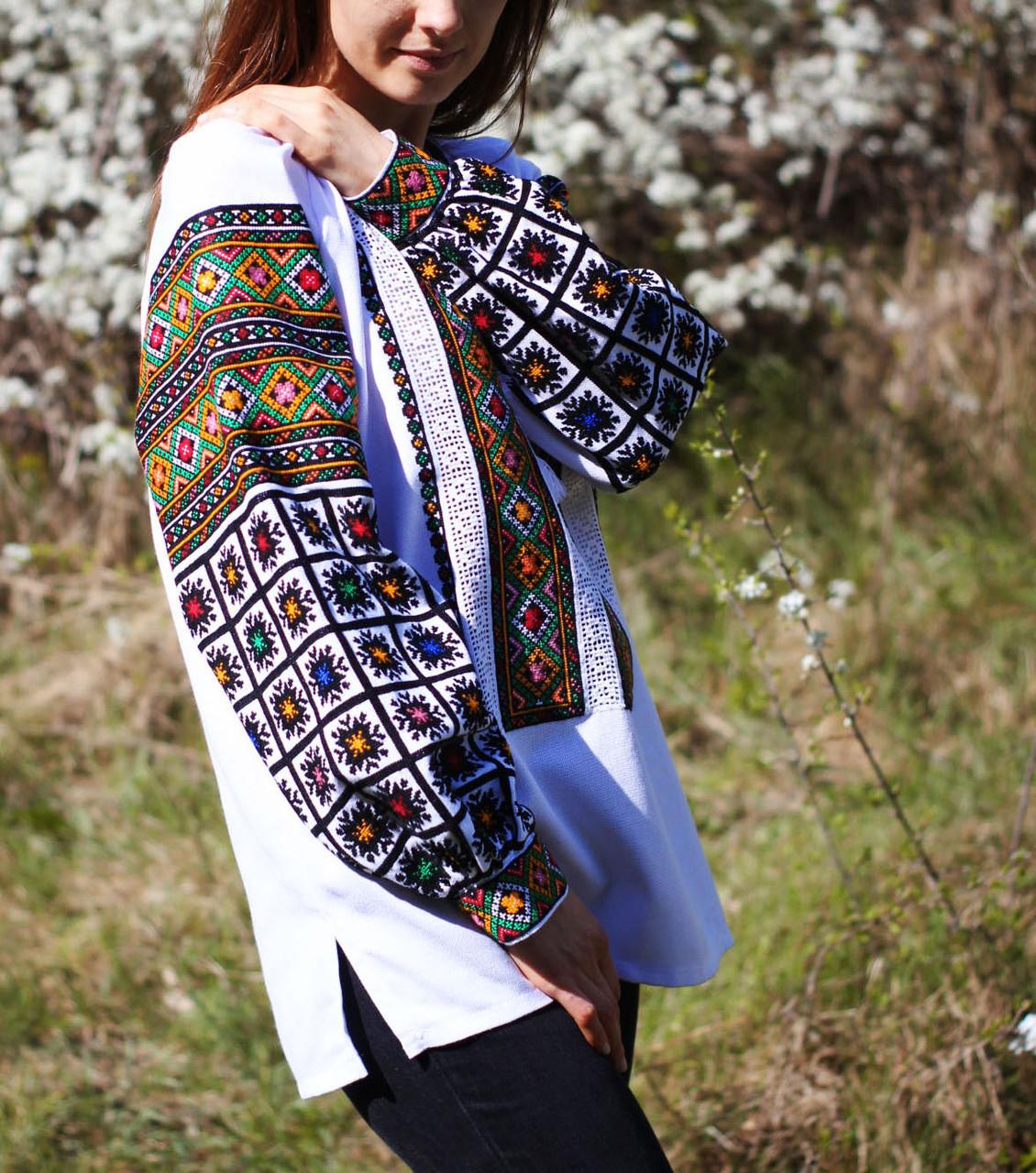 Жіноча вишиванка з гуцульським орнаментом ручної роботи  продажа ... 7d75b683b4815