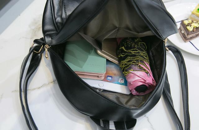 рюкзак внутри