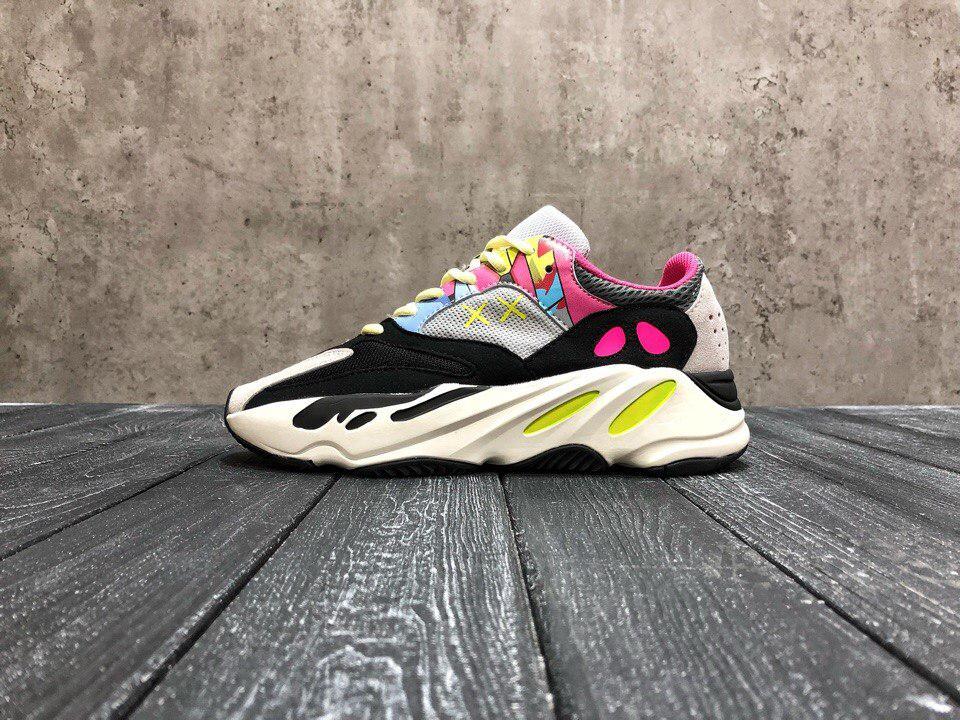 Женские кроссовки Adidas Yeezy 700 Boost топ Реплика