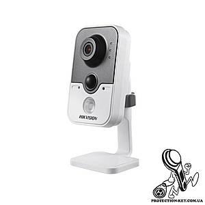 Видеокамера внутренняя ІР Hikvision 2MP DS-2CD2420F-I (2.8 мм)