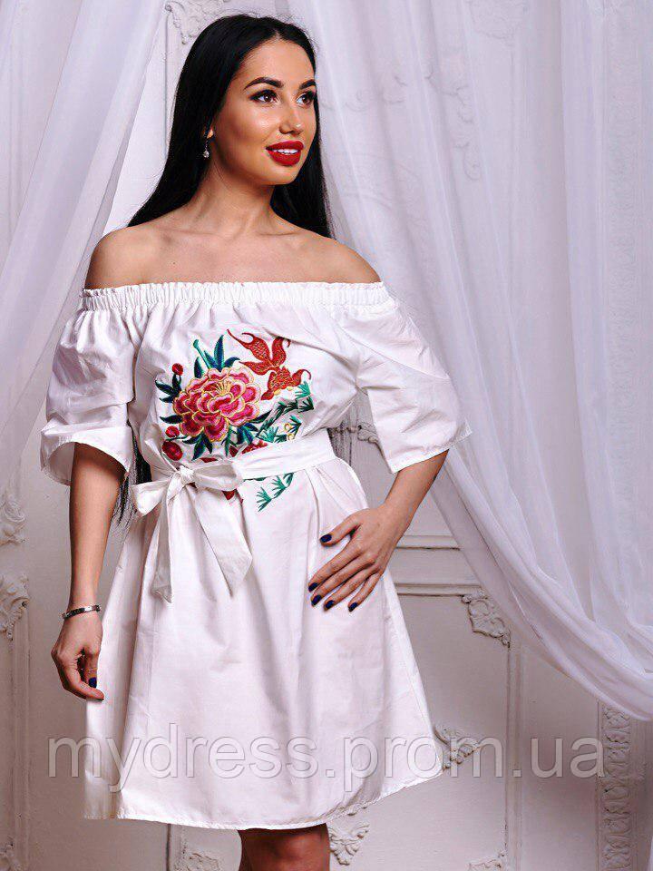 Платье котоновое с вышивкой 654