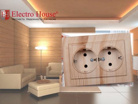 Розетка двойная с заземлением светлое дерево Enzo Electro House