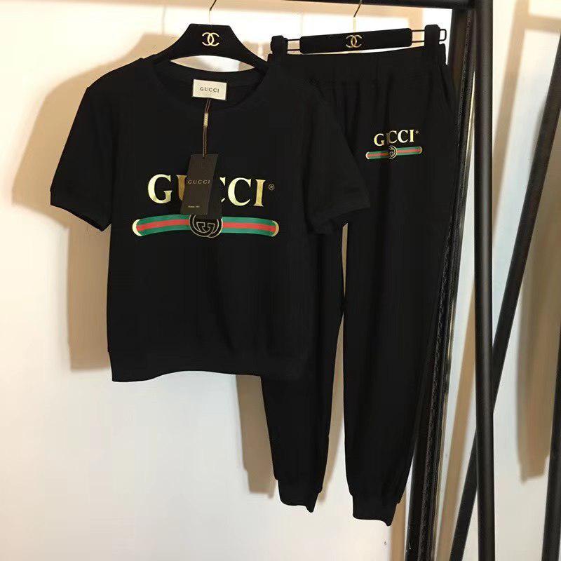 Gucci Костюм Черного Цвета — в Категории