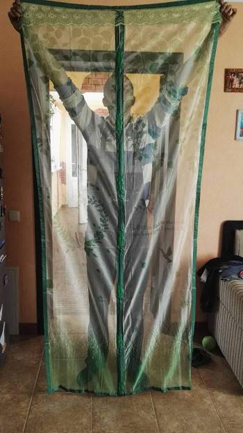 Москитная сетка с птичками зелёная с рисунком