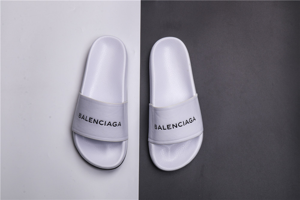 Мужские Шлепанцы Balenciaga Slippers white (реплика)