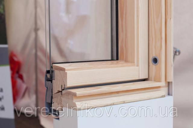Рама мансардного окна в разрезе
