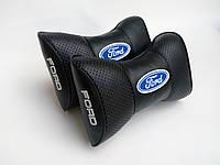 Подушка на подголовник Ford черная