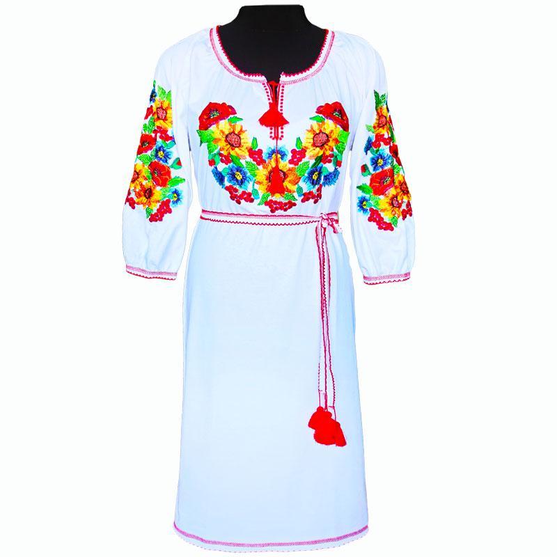 Платье вышитое гладью с поясом