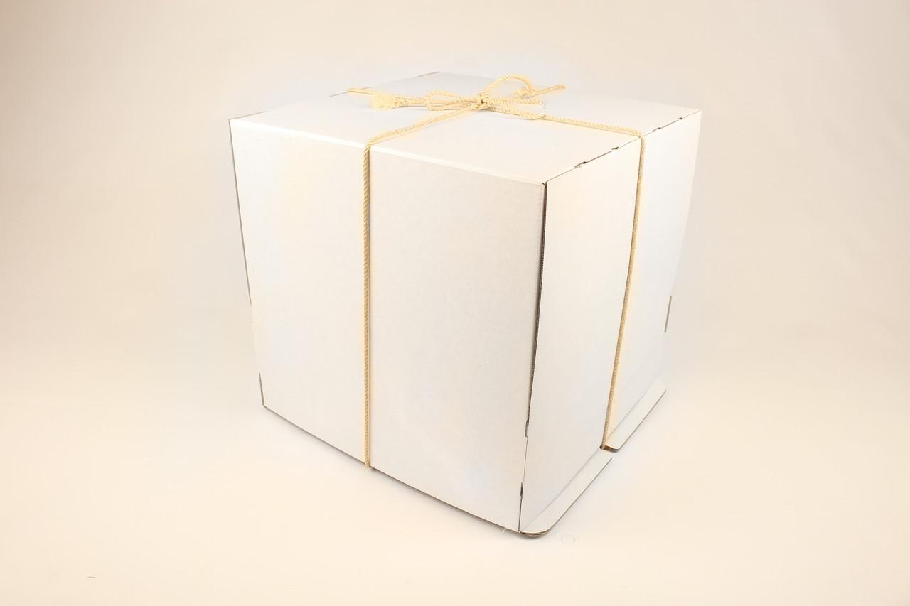 Коробка ГОФР / 300х300х200 мм / ГОФР-Белая / б.о. / для торт