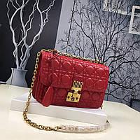 Dior сумка красного цвета с узором Cannage