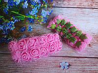 Декоративные розы из латекса 12 шт., d 2 см на ножке, розового цвета с фатином