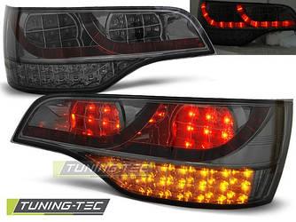 Диодные фонари задние стопы тюнинг Audi Q7 темные