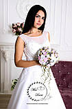 Свадебное платье а-силуэта белое с гипюром по низу, фото 2