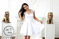 Короткое свадебное платье белое из французского гипюра