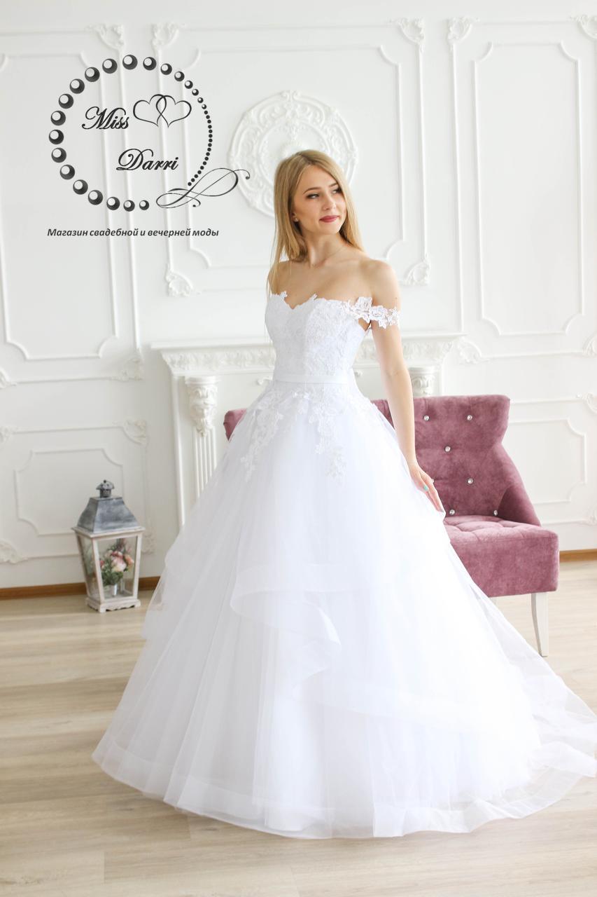 Платье свадебное белое пышное с юбкой на регилине