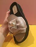Кожаные шлепанцы серебристого цвета , копия, фото 4