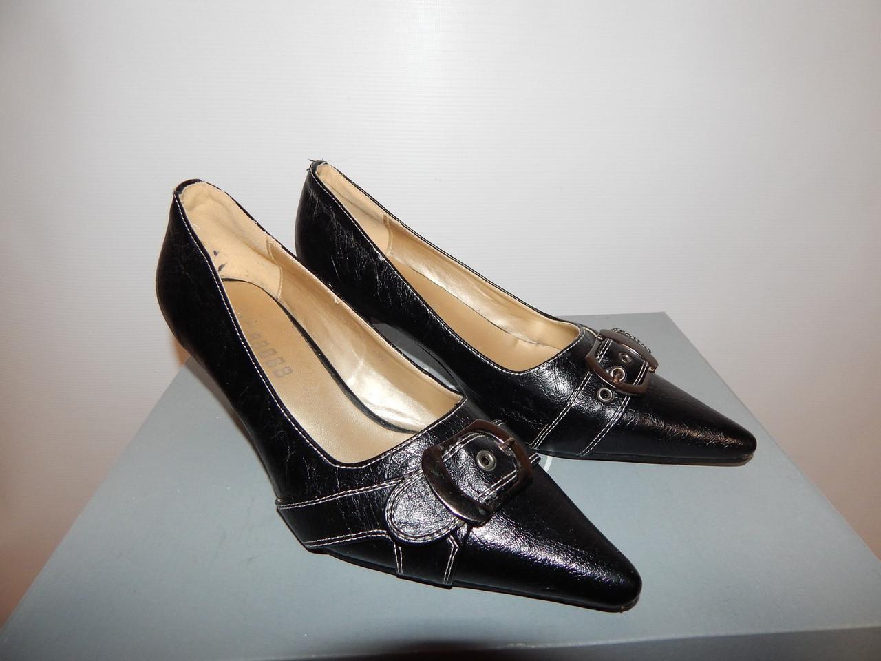 Туфли женские  р. 39 Т