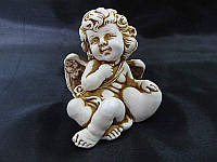 Ангел с сердечком (средний) (Статуэтки Мраморная крошка)