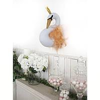 Трофей Лебедь белая с перьями
