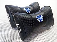Подушка на подголовник Lancia черная