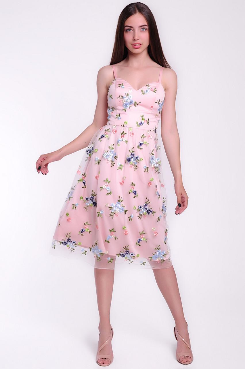 Красивое женское коктейльное платье из сетки