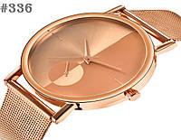 Женские кварцевые наручные часы / годинник золотистого цвета с металическим браслетом  (336)