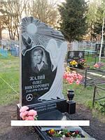 Одинарний пам'ятник з ангелом із граніту на могилу