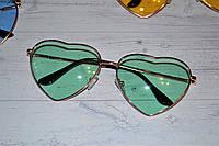 Очки солнцезащитные в форме сердца однотонные Зелёный