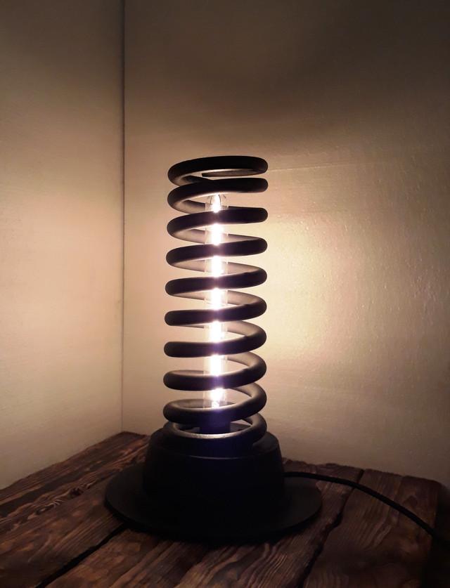 лампа лофт из амортизатора