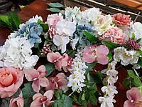 Композиция на арку из цветов(розовый,белый,голубой)