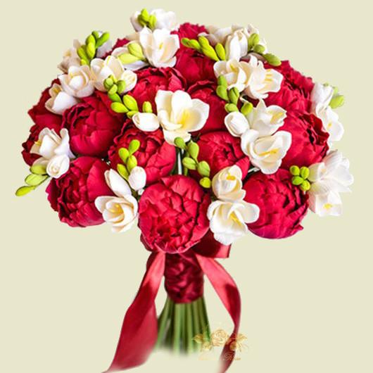 Букет невесты из бордовых фрезии цена, букет цветов доставкой