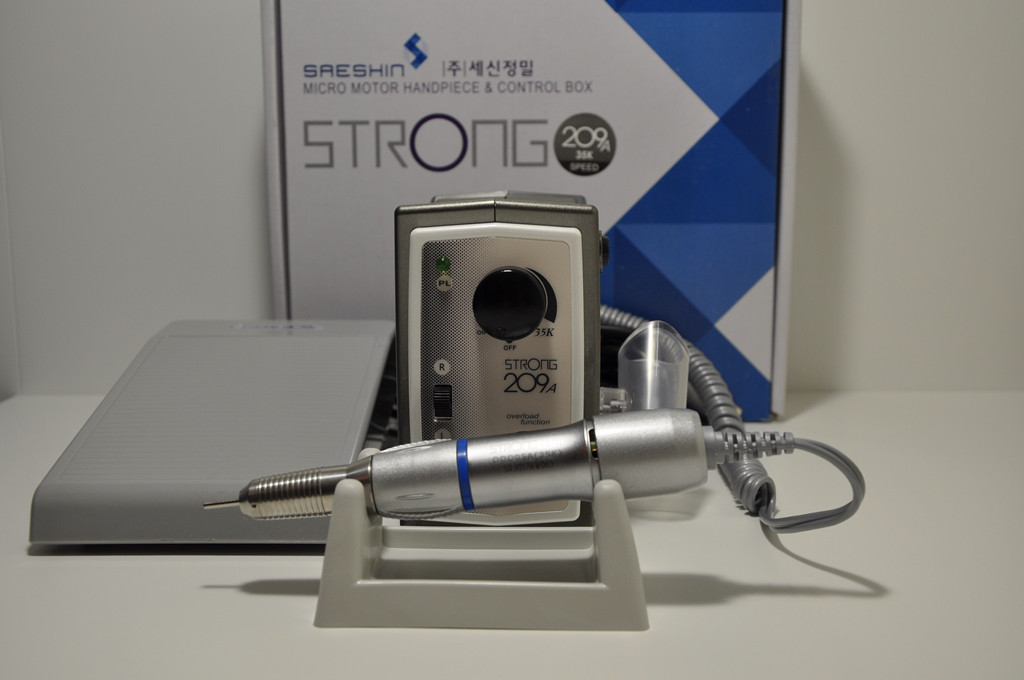 Фрезер для маникюра и педикюра Strong 209A/107II, 35 000 об/мин. Мощность - 105 Вт. Гарантия 1 год., фото 1