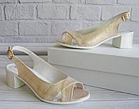 Стильные женские босоножки на широком каблуке, фото 1