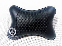 Подушка на подголовник Mercedes Benz черная
