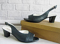Кожаные темно - синие босоножки на каблуке. ОПТ., фото 1