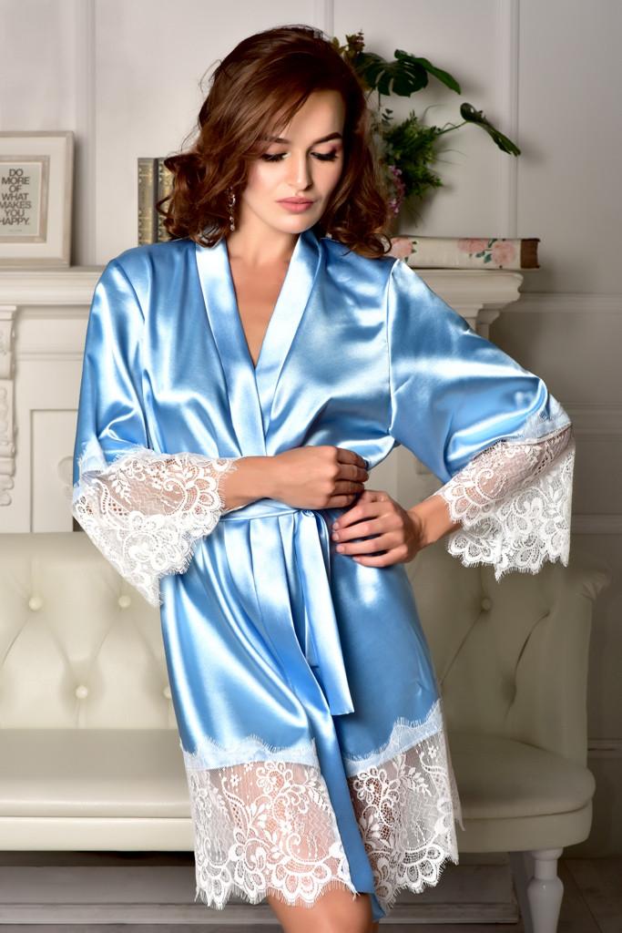 Атласный халат с красивым широким кружевом Голубой