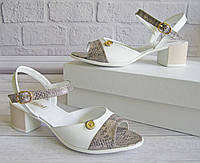 Женские кожаные босоножки на широком каблуке