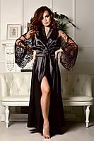 Черный атласный халат в пол с роскошным кружевным рукавом